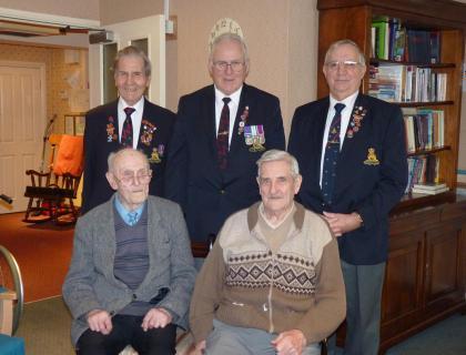 Comarade visit to Sgt Tom Wain