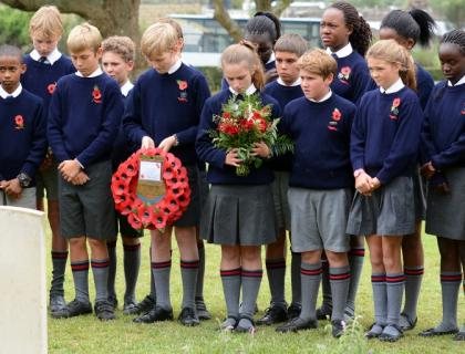 Children from Pembroke House, Kenya commemorate Lieutenant Thomas Sanders