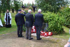 Veterans saluting the fallen