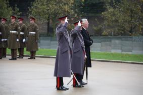Regt Col, Master Gunner & Maj Gen J Milne
