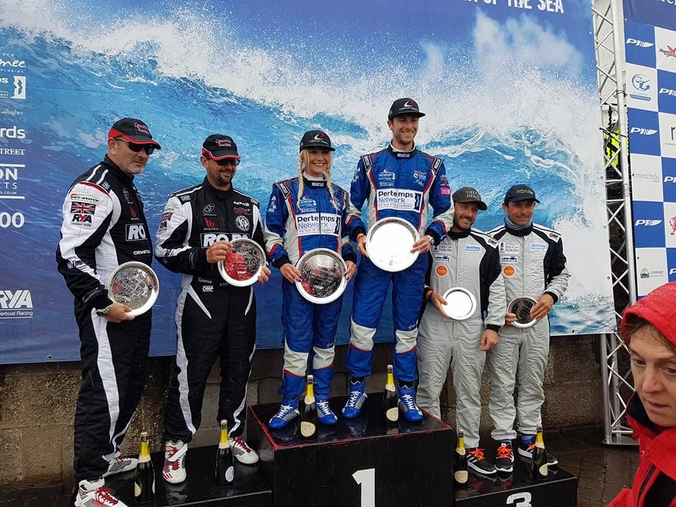 Powerboat Team make it to the top step of the podium!!