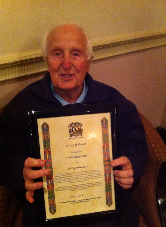 D Day Gunner receives Honoured Citizen Award